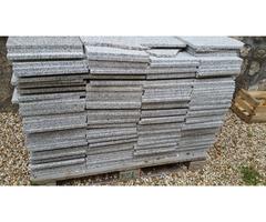 Carrelage granit gris env. 40m2