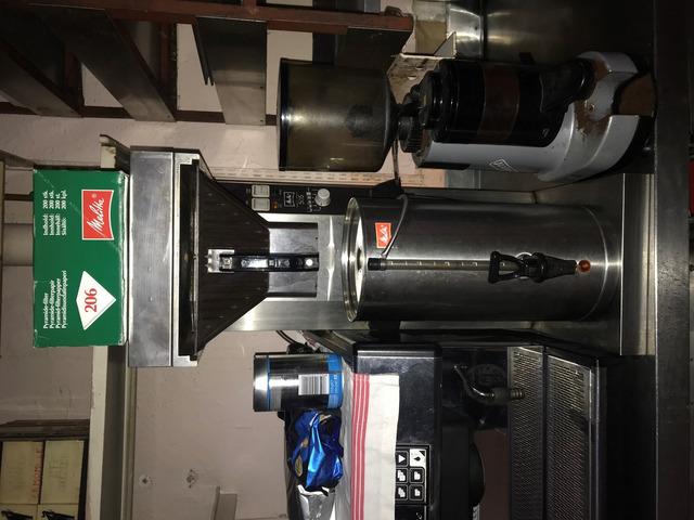 Table réfrigérée 2 portes GN 1/1 sur roulettes